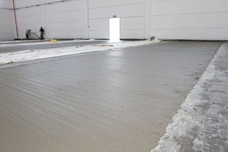 An industrial floor for a logistics warehouse