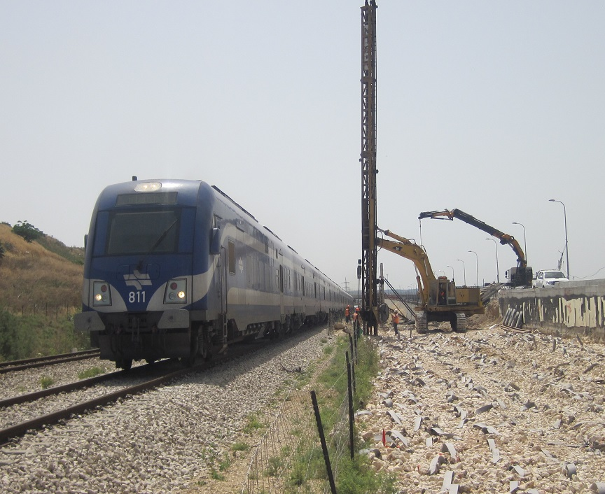 Acceleration of Consolidation by means of Vertical Drains - HaEmek railway